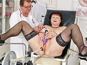 Doctor,Ginecolog,Dildo uriase,Orgasm,Ejacularea feminină