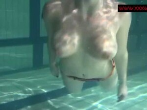 Anna Siskina Hot Teen With Big Tits In The Pool