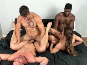 طيز,ثنائي الجنس,سكس في الكلية,لبن جوا,نيك جماعى