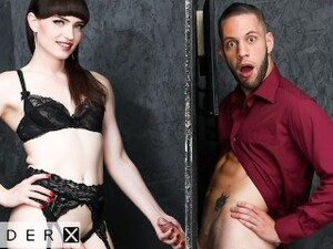 GenderX - Trans Babe Natalie Mars Fucked In Gloryhole Stall