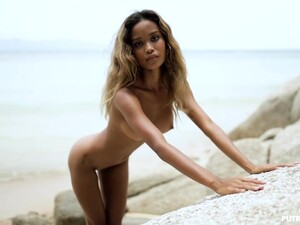 Skinny Exotic Teen Solo - Beach Blanket Babylon
