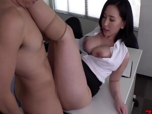 18-19 yaşında,Göt,Büyük memeler,Japon pornosu,Ofis