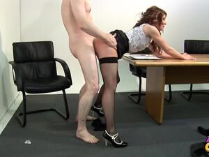 Porno Anglais,Double pénétration,Branlettes,Bureau,Bas