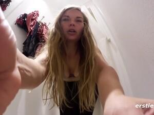 18-19 tahun,Seks amatir,Rambut pirang,Celana dalam,Seks sendiri