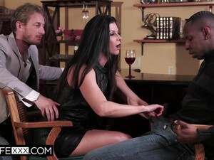 India Summer In Shared Wife Gets Bbc Trained In Front Of Husband