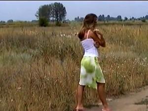 Венгерское порно,На природе