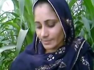 Village Aunty In Fields
