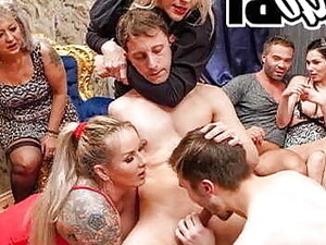 Бисексуалы,Вечеринка