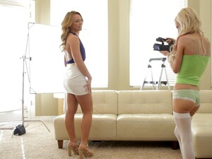 Homemade FFM Threesome With Models Katerina Kay And Skylar Green