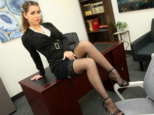 The Girl In The Office Spreads Her Legs In Stockings And Cums From Vag...