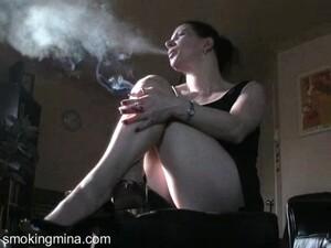 外行,恋物,现实,吸烟,一个人