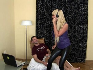 Olivia Gets Her Pussy Banged From Behind After Sucking A Weiner