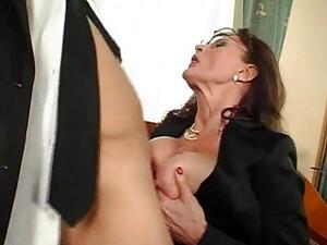 口射,熟妇,乳房下垂,长袜