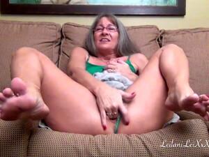 Leilani Lei Masturbates And Squirts (M6)