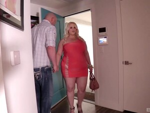 Dude With A Large Dick Fucks BBW Escort Nicole Sky In The Hotel Room
