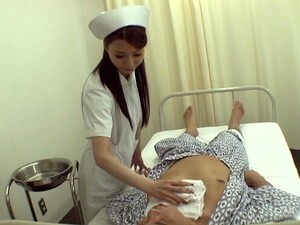 Sexy Japanese Chick Nana Wakui Enjoys Having Sex With A Patient