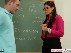 Soaking Pussy Of Horny MILFie Teacher India Summer Needs Some Licking