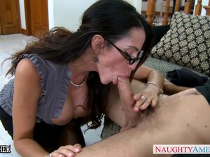 Dominant Sexy Brunette MILF In Glasses Ariella Ferrera Wanna Ride Strong Cock