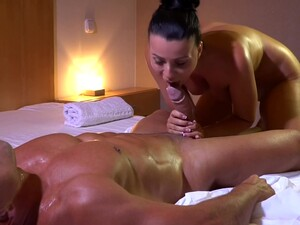 MILF Gets Fuck After Nuru Massage
