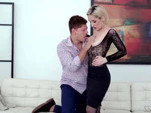 Slim Mature Woman Loses Virginity Of Her Anal Hole After Blowjob Session