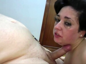 Fat Slut Is Eagerly Sucking Dick And Waiting For Her Well