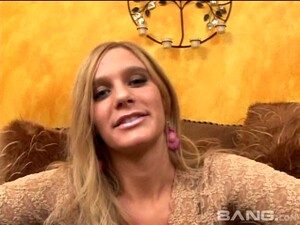 Jenni Gives Such Good Head He Has To Cum In Her Mouth