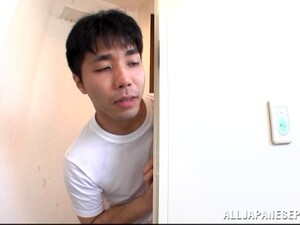 Азиатское порно,В ванной,Дрочка,Японское порно,Молоко
