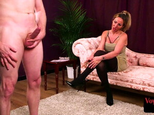 CFNM Domme Encouraging Submissive Guy As He Jerks His Cock