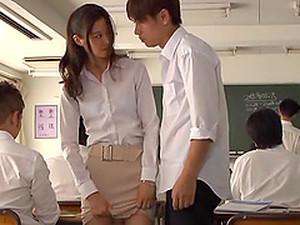 亚洲色情,老师