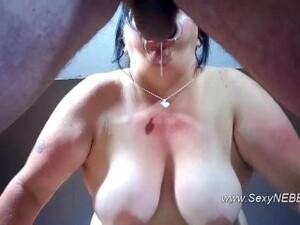 Sexy BBW Mouth Spread Deepthroat