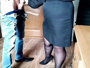 Gorgeous Cum On The Ass Of The Secretary In Pantyhose