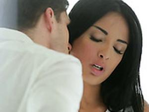 Leggy Eye Catching Raven Haired Gal Desires To Blow Long Stiff Dick