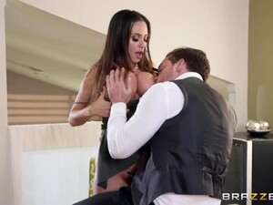 Super Woman Ariella Ferrera Gives A Boobjob And Takes Cock In Anal Hole