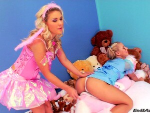 Aubrey Addams And Nikky Thorn Fondle Each Other And Share A Cock