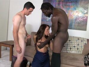 امرأة سمراء,ديوث,نزول لبن,لطيفة,سكس عرقي