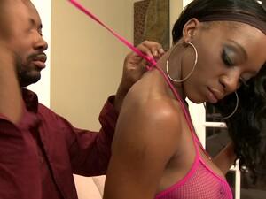 African BBC Lover Erika Vuitton Loves Sucking Dick