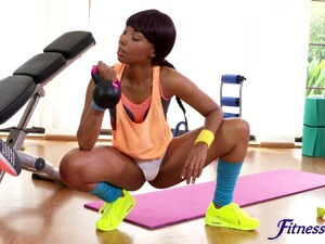 Ebony Models Drop Their Clothes To Have Naughty Fun At The Gym
