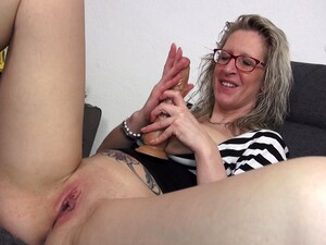 Busty Mature Blonde MILF Jana Oils Up Her Tits And Plays With Them