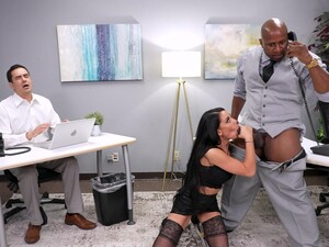 Interracial Fucking In The Office With Gianna Grey And Her Boss