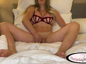 Neglected Housewife Edges Herself Into Huge Gushing Squirt Orgasm - Viewer's Choice - HumpdayHannah
