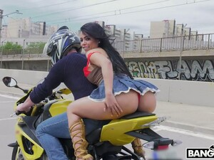 PAWG Canela Skin Rides A Motorcycle And Gets Her Anus Rammed And Gaped