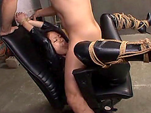 Japanese Cutie In Leather Outfit Gets Her