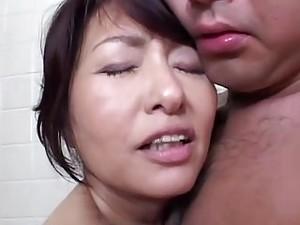 Bathing Mommy Needs Cock