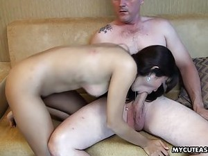 Hooker That's So Damn Hot Got Fucked Missionary Style