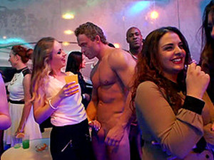 Hardcore Group Sex Party Starring A Bunch Of Hot Babes