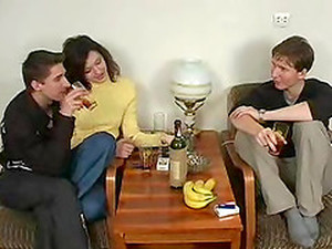Horny Guy Joins Kinky Swingers For A Hardcore Threesome