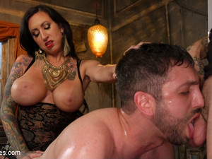 Jay Wimp & Ruckus & Lily Lane In The Princess And Her Pathetic Pet - DivineBitches
