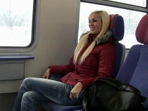 Поезд,Шлюха