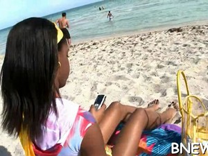 Black Chick Is Getting Rammed Video