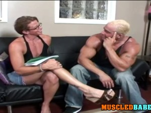 Blowjob From A Mature With Muscles Film